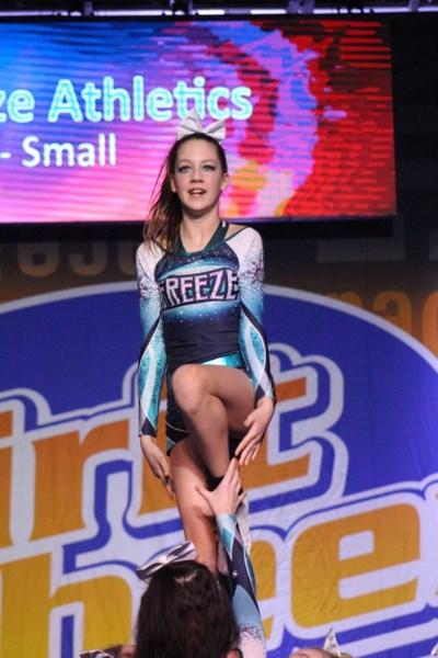 Freeze Cheerleading2