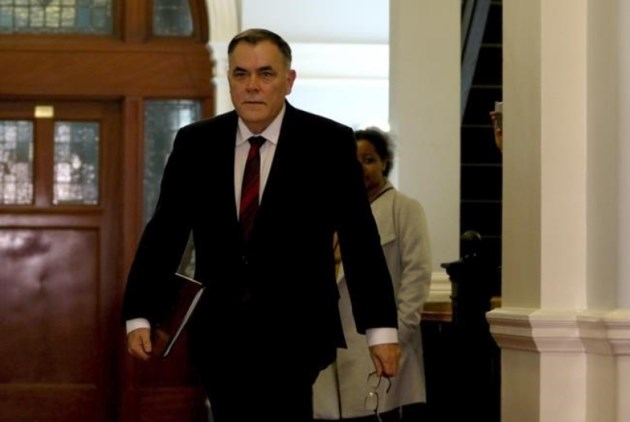 in-december-british-columbia-house-speaker-darryl-plecas-promised-to-resign-if-a-financial-audit-he