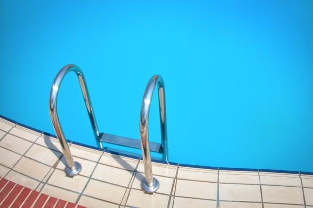 pool-3105769_1920
