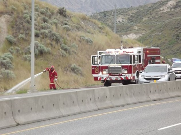 UPDATE: Highway 1 clear after Kamloops Fire Rescue deals with grass fires