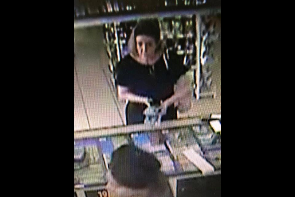 Female suspect. (via/Crime Stoppers)