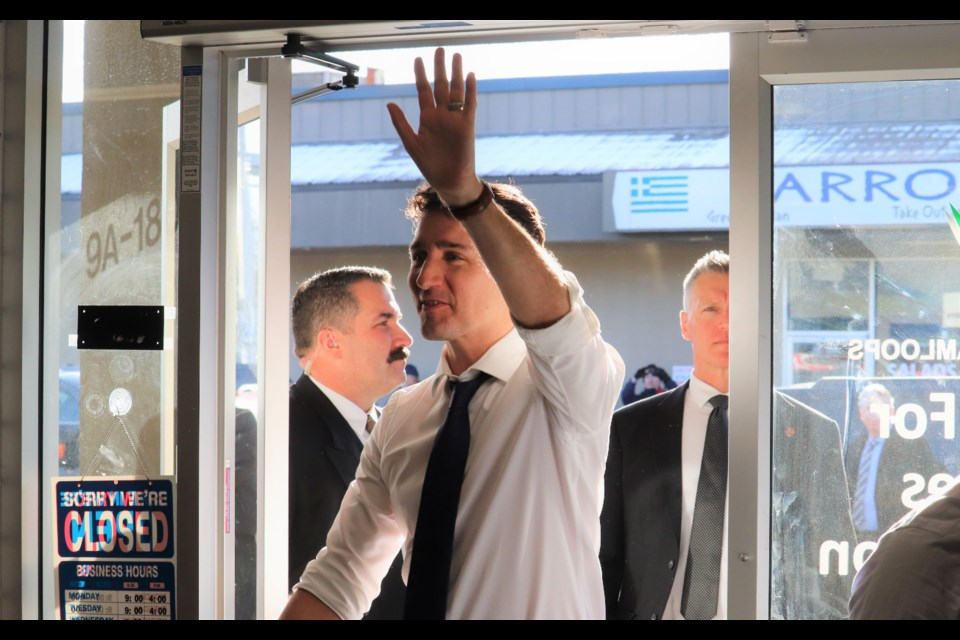 Prime Minister Justin Trudeau arrives at the Kamloops Centre for Seniors Information. (via Brendan Kergin)