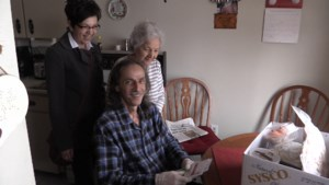 VIDEO: A truly random act takes local man by surprise