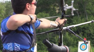 VIDEO: Archers of all ages take aim