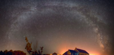Six images of the Milky Way (rotating camera 15 degrees each time) then stiching the photos together in Photoshop. (BILL CURRY)