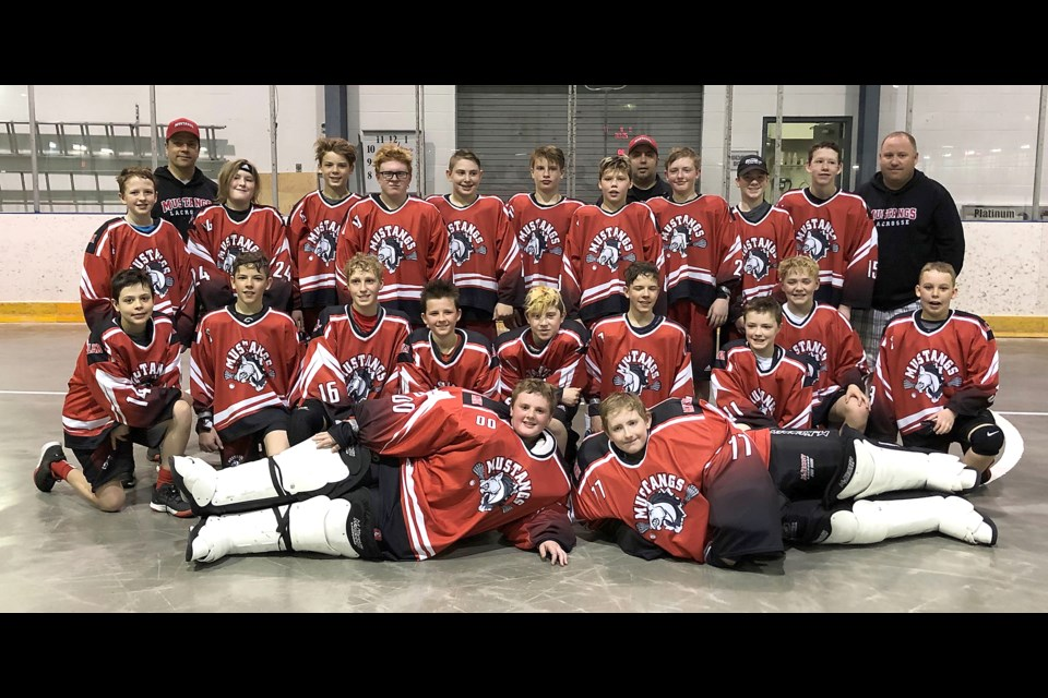 The Moose Jaw Bantam Mustangs got the season off to a perfect start this past weekend, winning a tournament in Swift Current.