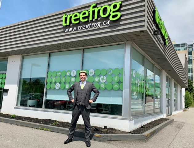 2019 06 12 Treefrog Sean Stephens DK