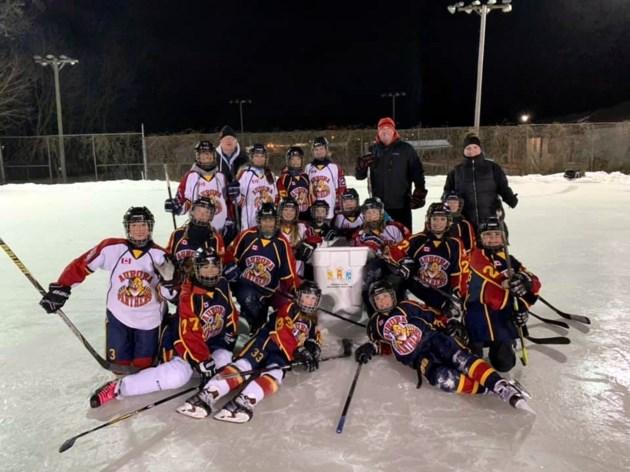 20190228 panther team at rink