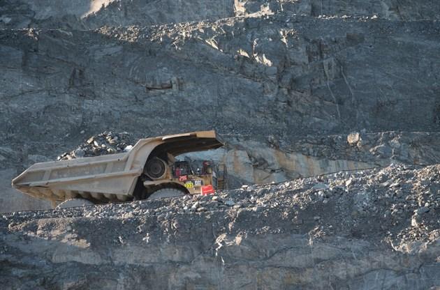 Detour Gold dump truck