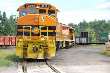 """""""Survival mode"""" for short-line railroader"""