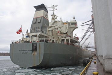 First ship arrives in Thunder Bay