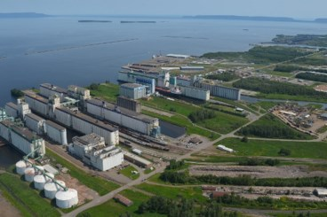 Thunder Bay port hums with fall activity