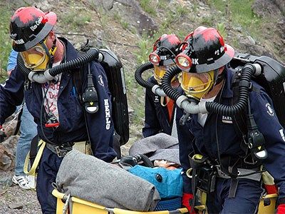 Mine-rescue-4_Cropped