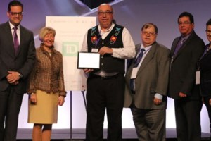 Cambrian receives national indigenous education award