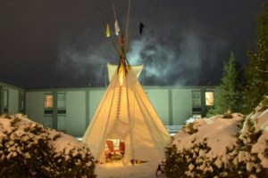 Ramada Timmins erects teepee for cultural ceremonies, awareness
