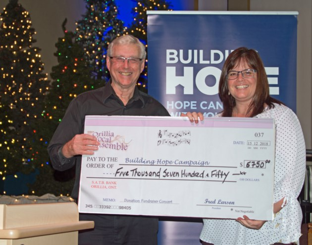 2018-12-17 Building Hope donation Orillia Vocal Ensemble