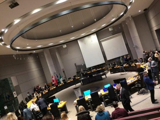 2018-01-05 Ottawa Council Chambers sideways MV