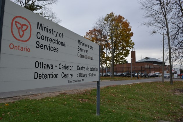 2016-10-27-ocdc-ottawa-carleton-detention-centre-sign-jw