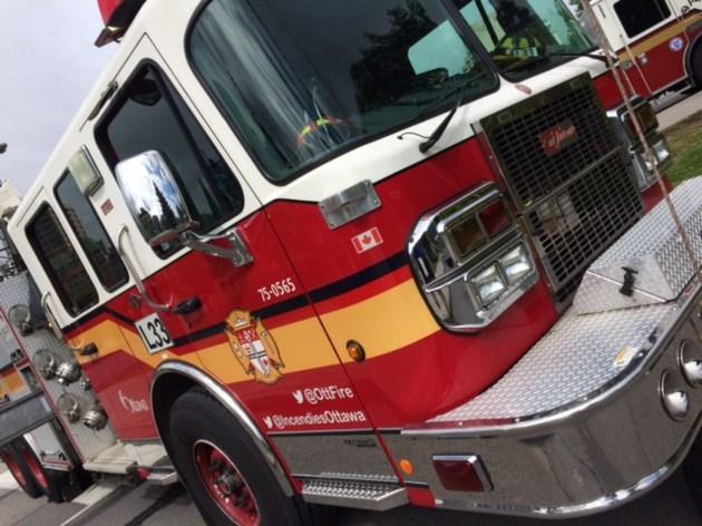 2017-10-01 Ottawa Fire truck MV-3