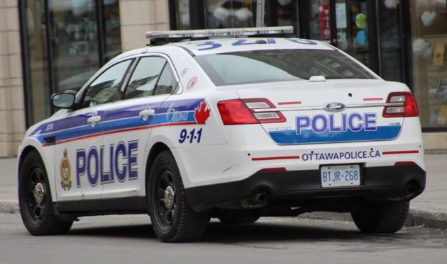 2018-02-28 Ottawa police cruiser3 MV
