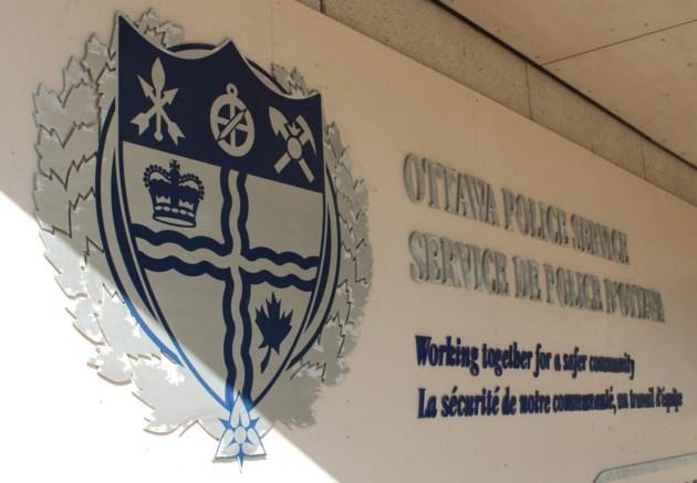 2018-07-12 ottawa police headquarters MV3