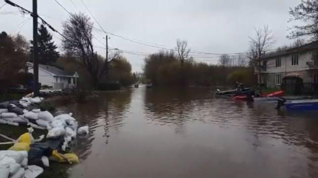 2017-05-17 gatineau flood rue versailles