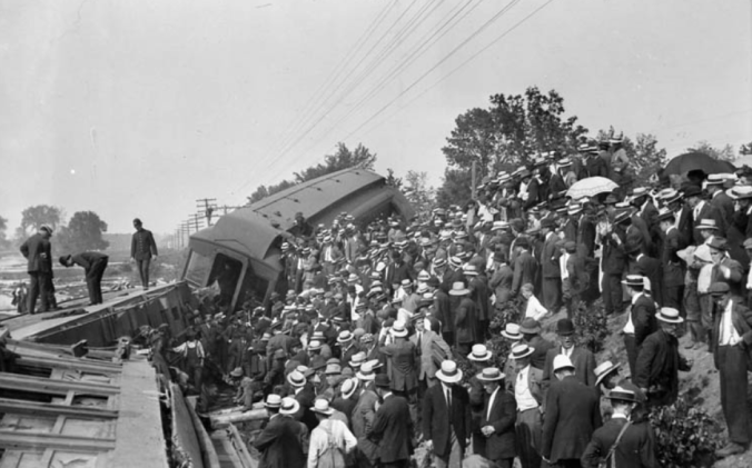 Another view of the wrecked C.P.R. train with the hoards of Ottawa onlookers who came to take in the scene of the disaster, Samuel J. Jarvis, Library and Archives Canada, PA-025114, 25 June 1913.