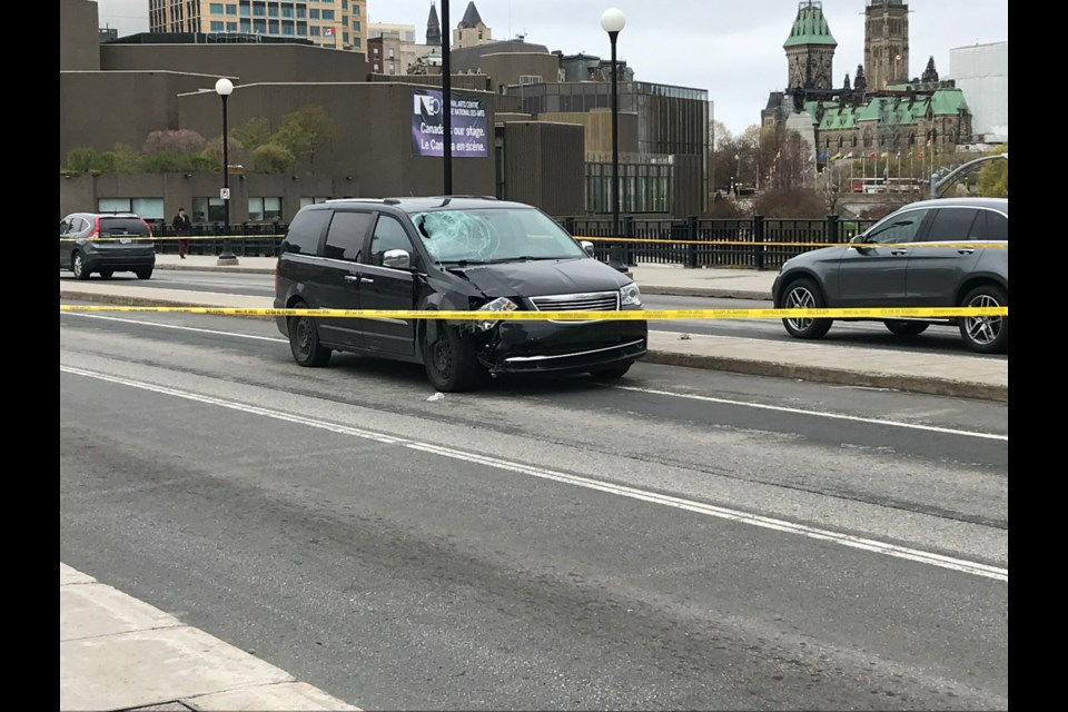 The vehicle which hit a cyclist in downtown Ottawa, May 16, 2019. Mark Day/ OttawaMatters.com