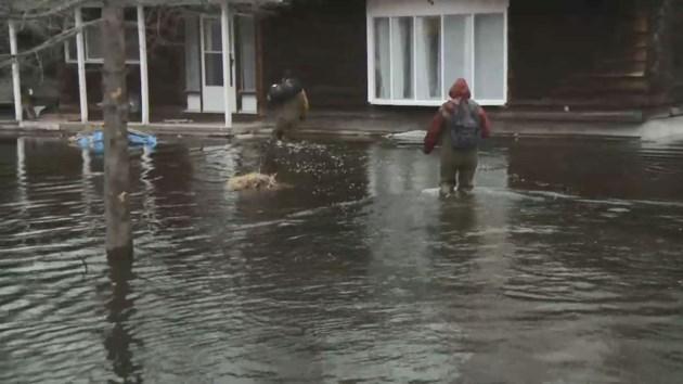 2019-04-26-flooding-house-water-citynews-jw