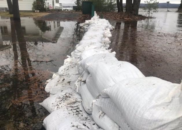 2019-04-27 constance bay flooding sandbag JS3