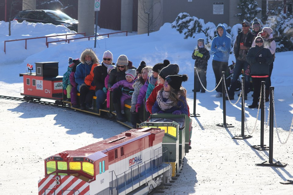 All aboard the Cottonwood Express! (via Hanna Petersen)