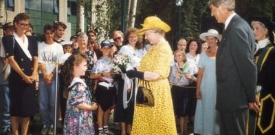opening-queen