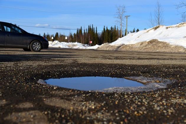 X_201903 marchroads pothole season springmelt elksentreDSC_0750-t