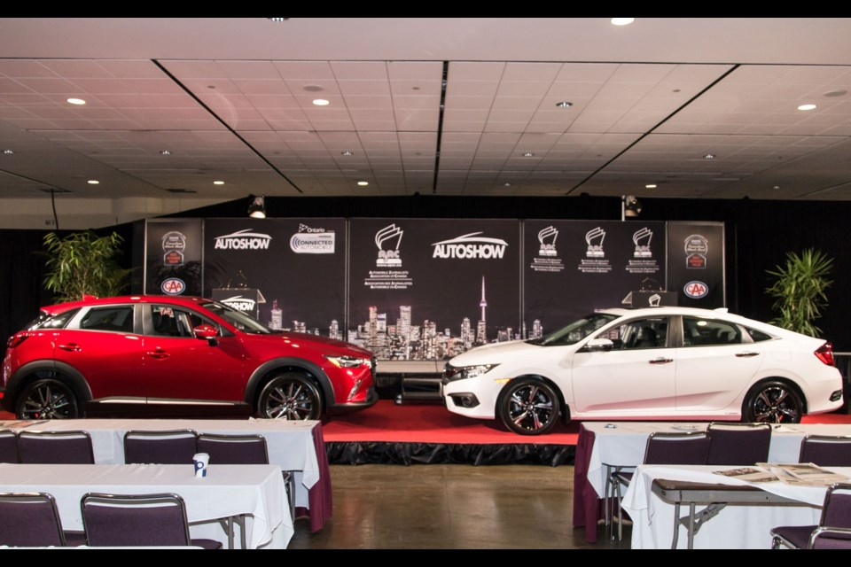 2016 Mazda CX-3 and 2016 Honda Civic, AJAC's Canadian Car of the Year Award winners Credit Marc-André Gauthier