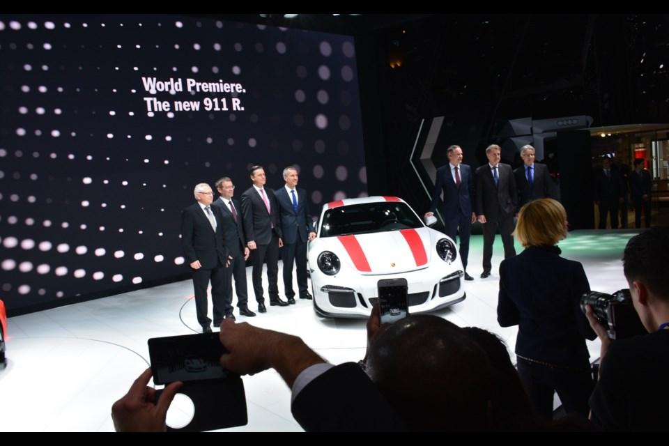 2016 Porsche 911 R Credit David Miller