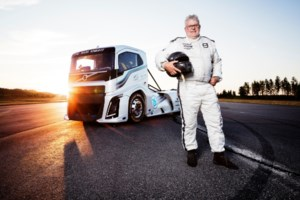A Record-breaking, 2400-hp Volvo Truck