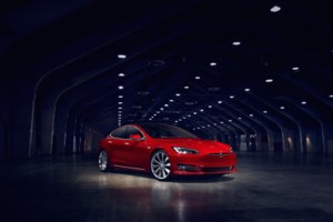 Tesla Model S: 8.0 Software and P100D's Performance