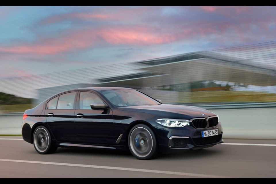 A pair of new 2017 bmw 5 series variants for detroit sootoday com