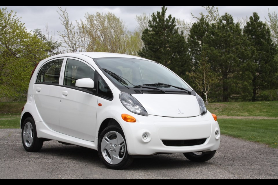 2017 Mitsubishi i-MiEV: Stay in the City - GuelphToday.com