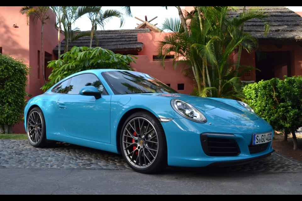 Porsche 911 Carrera Credit Sylvain Raymond