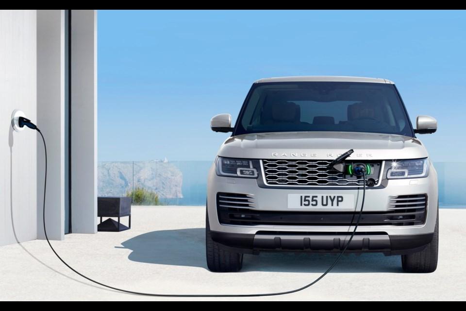 2019 Range Rover P400e plug-in hybrid Credit Jaguar Land Rover Canada
