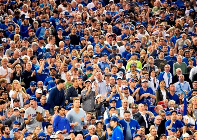 After a 22-year wait, Toronto Blue Jays fans clamour for playoff tickets