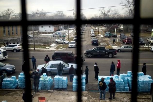 Flint residents warned of lead above filter grade