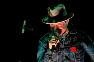 Gord Downie highlights story of Chanie Wenjack with 'Secret Path' Toronto show