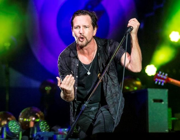 Pearl Jam is inducted into Rock Hall