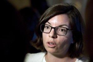 NDP MP, leadership hopeful Niki Ashton says she's pregnant, pressing on