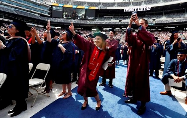 Bon Jovi surprises students at NJ graduation ceremony