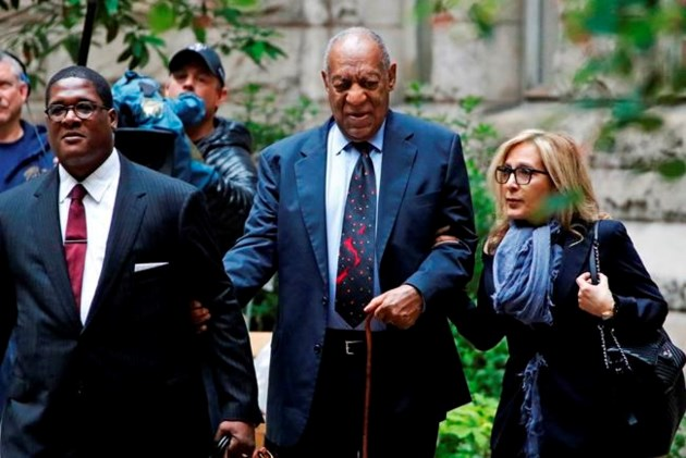 New jury pool being questioned for Cosby trial