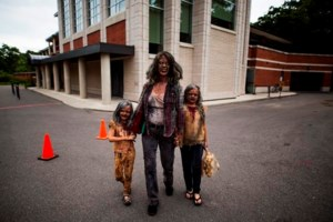 Fans dress as zombies to honour 'Night of the Living Dead' creator George Romero