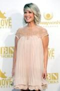 Christian singer Natalie Grant undergoing thyroid surgery